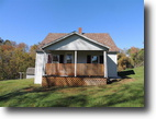 3 Bed 1 Bath on 4.5 Private Acres