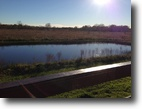Beautiful Quiet 10 acres mobile home >pond