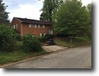 Brick Split level in Ashland,KY $115,000