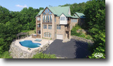 Country Estate sits on 98+/- acres