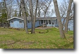 Wisconsin Waterfront 1 Acres Classic Cottage - Waters of Green Lake