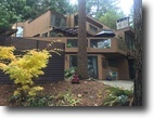 British Columbia Land 1 Acres Large family home in Gibsons BC