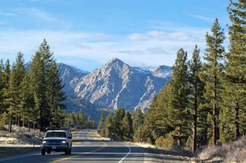 claim road and views california