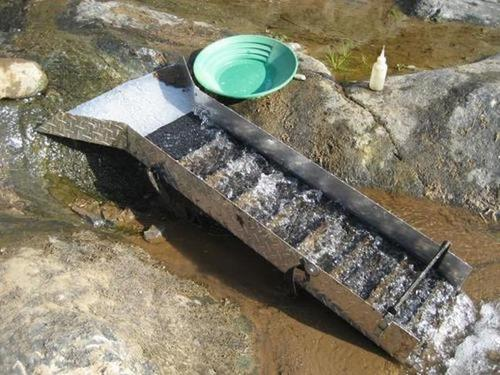 portable creek powered sluice box california