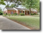 Immaculate 3 BR/2 BA Golf Course Home