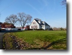3 BR/3 BA Home on 6.3 +/- Acres w/ Barn
