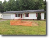 Kentucky Land 1 Acres Just Listed:3BR Ranch In Johnson Co$46,900