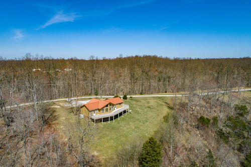 land rustic home with awesome views property hilham tennessee