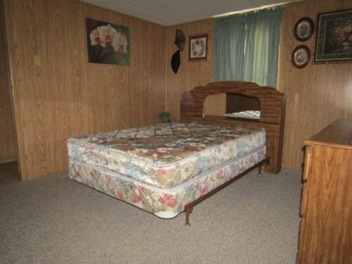 mobile home in historical celina tn investment property