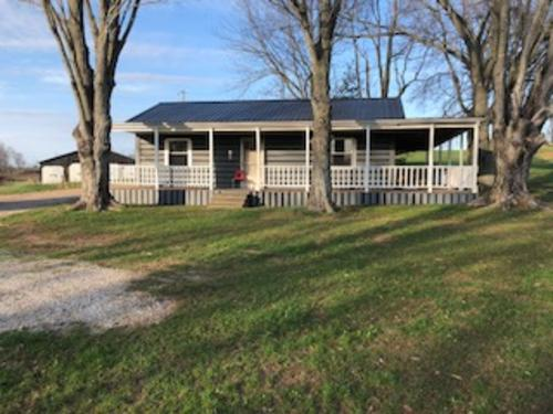 house & hobby farm in metcalfe county ky property