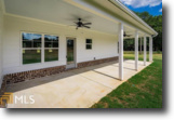 4BD Ranch on 10 acres in Madison