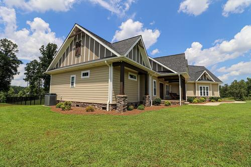 house & auction country retreat private lake property martinsville virginia