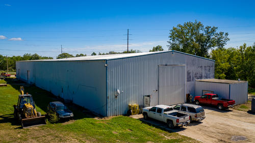 house & sf industrial facility with crane property berlin wisconsin